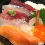 せとぐち - う~ん、大きく切られてお刺身がすごくおいしそう!                             酢飯の感じもすごく好き!