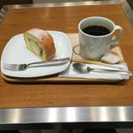 小川珈琲 - ブレンドコーヒーと京ロール