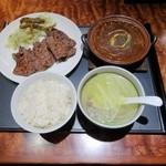 杜の都 太助 - 牛たん焼とシチューセット