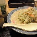42239067 - 野菜たっぷり チャンポン ¥700(税抜き)