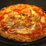 リップル - 自家製ベーコンのピッツァ