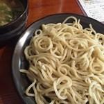 樂笑 - つけ麺(730円)