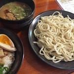 樂笑 - つけ麺+チャーシュー御飯(980円)