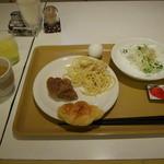 ホテルタウン錦川 - 料理写真:「¥100朝食」2015年中秋