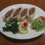 ヤマモト - 和牛カツサンド(1300円)