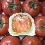 できたて屋 - トマト大福。スーパーフルーツトマトがある時のみ販売