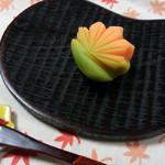 志まだ菓子店 - 料理写真:2015/9 もみじ \200