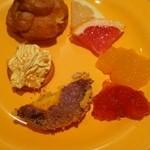 デザート王国 - シュークリーム、グレープフルーツ、ジュレ等