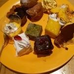 デザート王国 - ケーキ、シュークリーム、モンブラン、ティラミス、蒸しパン等