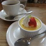 グリル マルヨシ - 自家製プリンとコーヒー