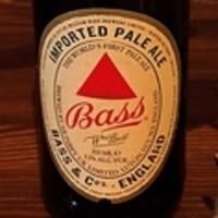 祭 - バス・ペールエール 少し赤みがかった琥珀色の美しいビールです。エール特有の芳醇な香りを持ちながら、苦味は程よくほんのり甘味をそなえています。500円