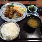 とんかつ太郎 - ヒレ串と鳥ササミ定食