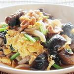 新中国料理 大三元 - 豚と木耳と卵の炒め