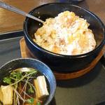 42267332 - 石焼餃子チャーハン ¥760(税抜)