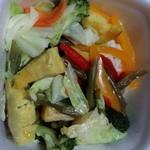 吉野家 - ベジ丼 ボイルした下味がついてるタレがかかったお野菜が沢山