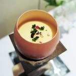 コンヴィヴィアリテ - 料理写真:なめらかなスクランブルエッグ