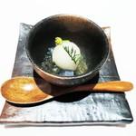 コンヴィヴィアリテ - ナタデココ、紅茶のジュレ、梅酒のシャーベット