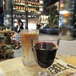 ワイアード カフェ - カフェ・ラテ & ワイン