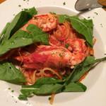42277575 - 海老とルッコラのトマトソースパスタ 美味しかったです。