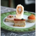オリエンタルラウンジ - サンドイッチ4種盛りワンプレート
