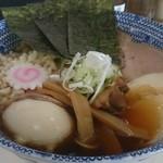 麺屋 にぼすけ本舗 - SP鶏中華そば(大盛無料850円)
