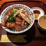 42283412 - きじ焼き丼(しお)、1,350円