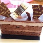 42285113 - 名前は忘れちゃったけど、チョコレートケーキ