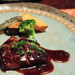 西風和彩食館夢鹿 - (2015/09再訪時)メイン・豊後牛ステーキ(A5級):美味しいのなんのって...