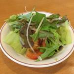 カノン - パスタランチのサラダ