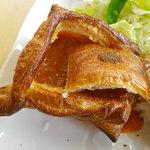 レストラン トロイカ - 氷見カレーパイのアップ