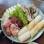 津ねや - 秋田の郷土料理「きりたんぽ鍋 (2100円)」