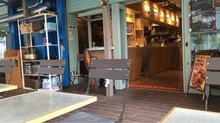 カフェ&ビアテラス カリフォルニアカフェ - 店内その2