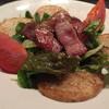 広島お好み焼き 巧房 - 料理写真:山芋とトマトのサラダ。