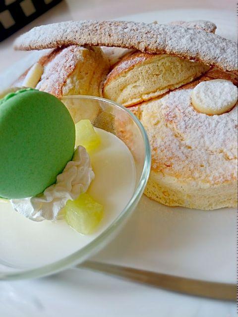 ザ・ラウンジ - ニューオータニ特製 マスクメロンパンケーキ