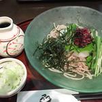 安曇野 - 梅おろし蕎麦