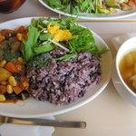 SOUP&DELI 80*80 hachimaru-hachimaru - ランチの豆カレー