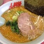 山岡家 - 特製味噌!麺固め