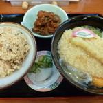 42304919 - 松茸ご飯セット(税込698円)