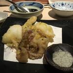 42309619 - アオリイカの天ぷら  650円