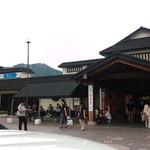 福山サービスエリア(下り線) ショッピングコーナー - 入り口付近