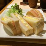 カレー&カフェ かのん - トーストサンドモーニング ¥700