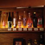 42318218 - 店内梅酒の一部。通し番号で100番以上ありましたが、常時あるのは40種前後のようです。