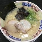 博多ラーメン よねちゃん - 基本のラーメン