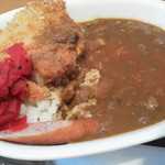 curry de CAFE UTSUWA - この日のトッピングはロースカツとウインナー