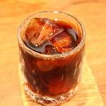 壱心茶屋 - アイスコーヒーはネルドリップ、ホットはペーパードリップで抽出