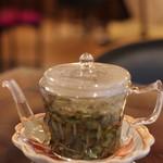 悟空茶荘 - 白牡丹をお願いしました