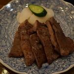 山里 - 料理写真:炭火焼き牛タン