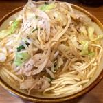 沖縄そば食堂 海辺のそば屋 - 肉野菜すば、大