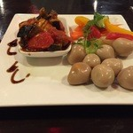 ワイン酒場 ゴルゴン9 - 前菜。。。うづらの燻製が美味し