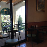 アンデケン - 喫茶スペース。テラス席も利用可?